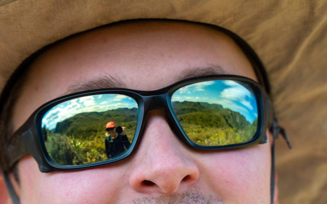 Sun protecting prescription sunglasses