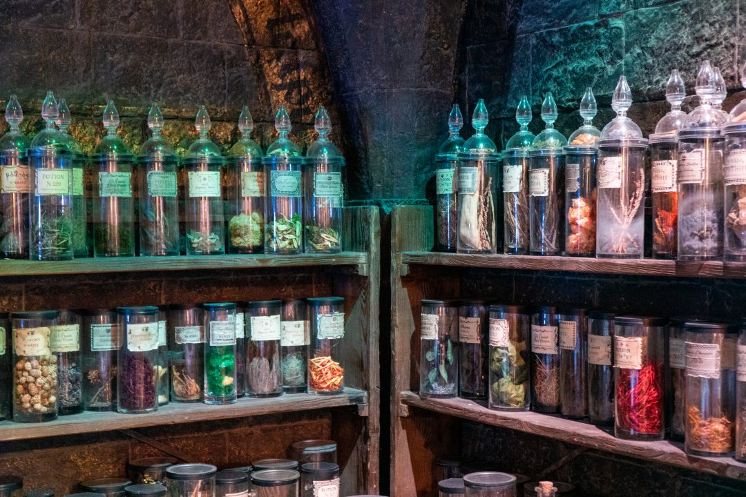 Hogwarts potions jars