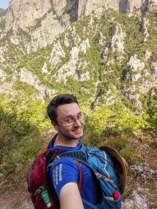 Man hiking Mount Olympus E4 Trail