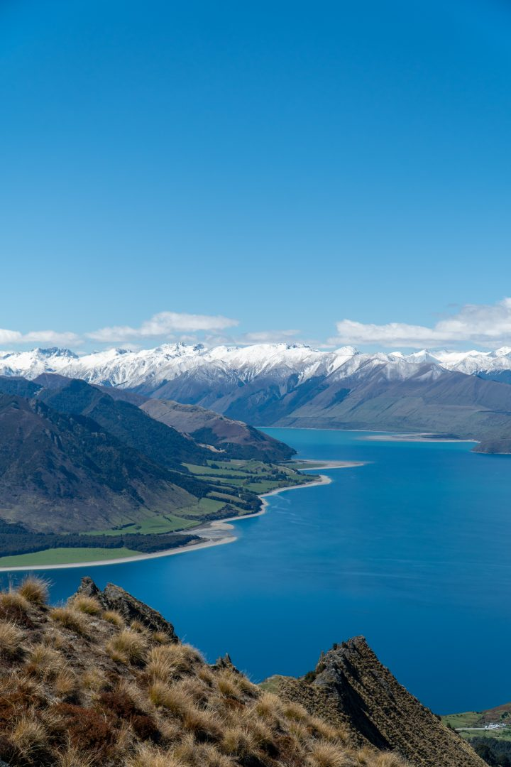 Looking out from Ithmus Peak in Wanaka. Best way to see New Zealand