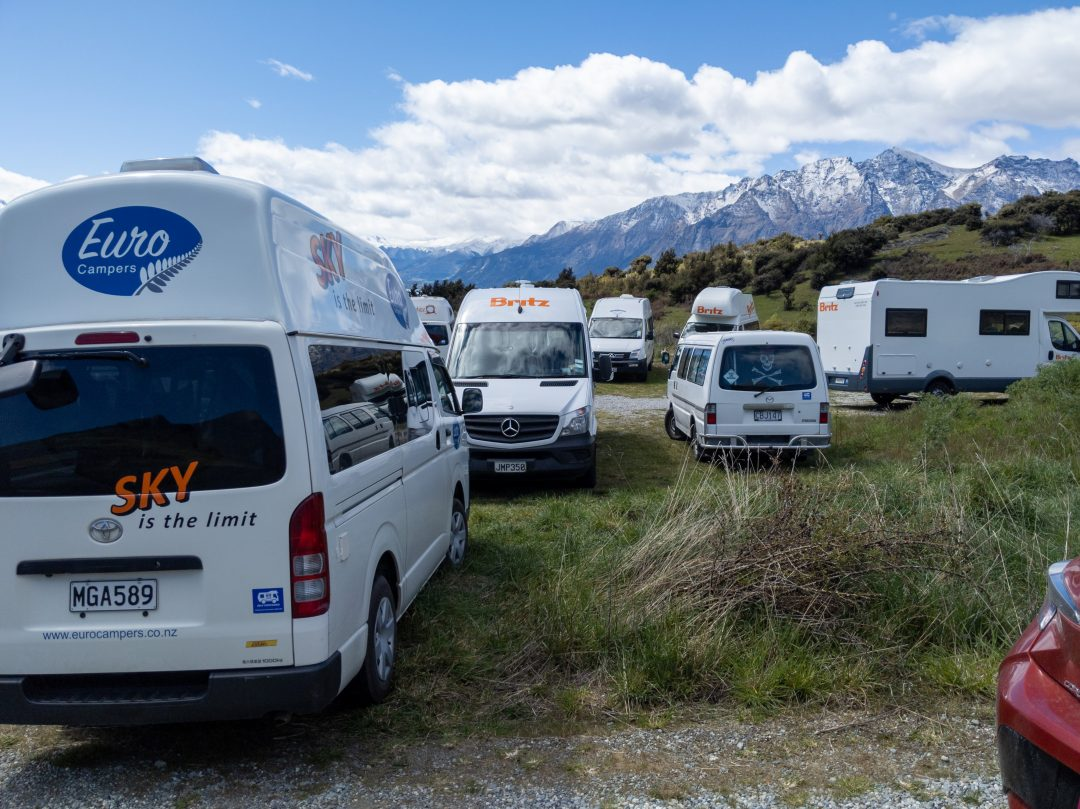 Lots of campervans touring New Zealand